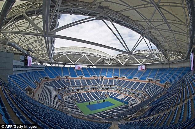 Раздвижная крыша над стадионом Артура Эша